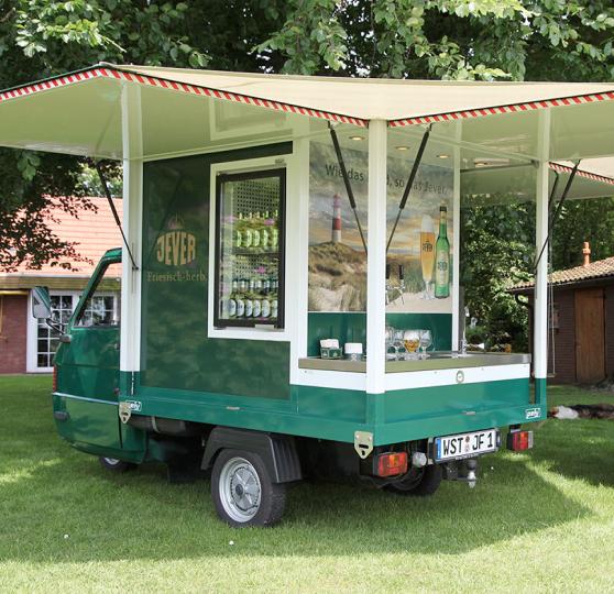 Das Jever-Mobil, ein mobiler Ausschankwagen